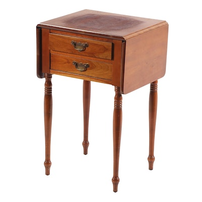 American Federal Style Cherry Drop-Leaf End Table, Mid 20th Century