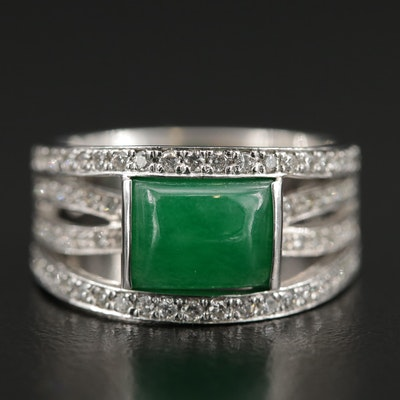 18K Gold Green Chalcedony and Diamond Ring