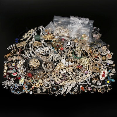 Repair Lot Including Vintage Jewelry, Turquoise, Shell and Cultured Pearl