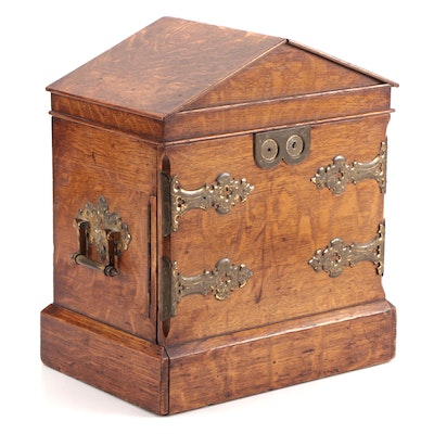 Victorian Tiger Oak and Brass Gentleman's English Humidor,  Mid-Late 19th C.