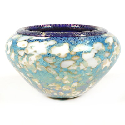 Robert Eickholt Hand Blown Iridescent Art Glass Centerpiece Bowl, 2013