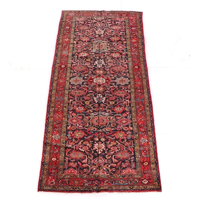 5'4 x 11'6 Hand-Knotted Indo-Persian Numani Wool Rug