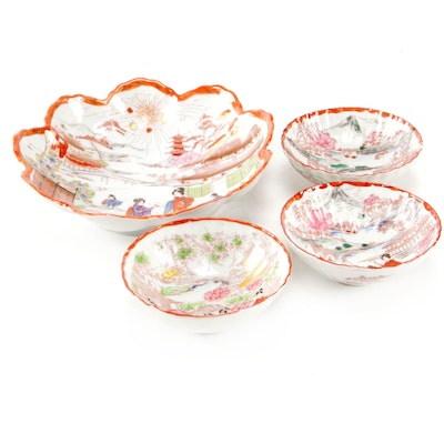 Japanese Hand-Painted Porcelain Serving Bowls, 20th Century