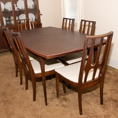 Broyhill Mid Century Modern Dining Table and Chairs