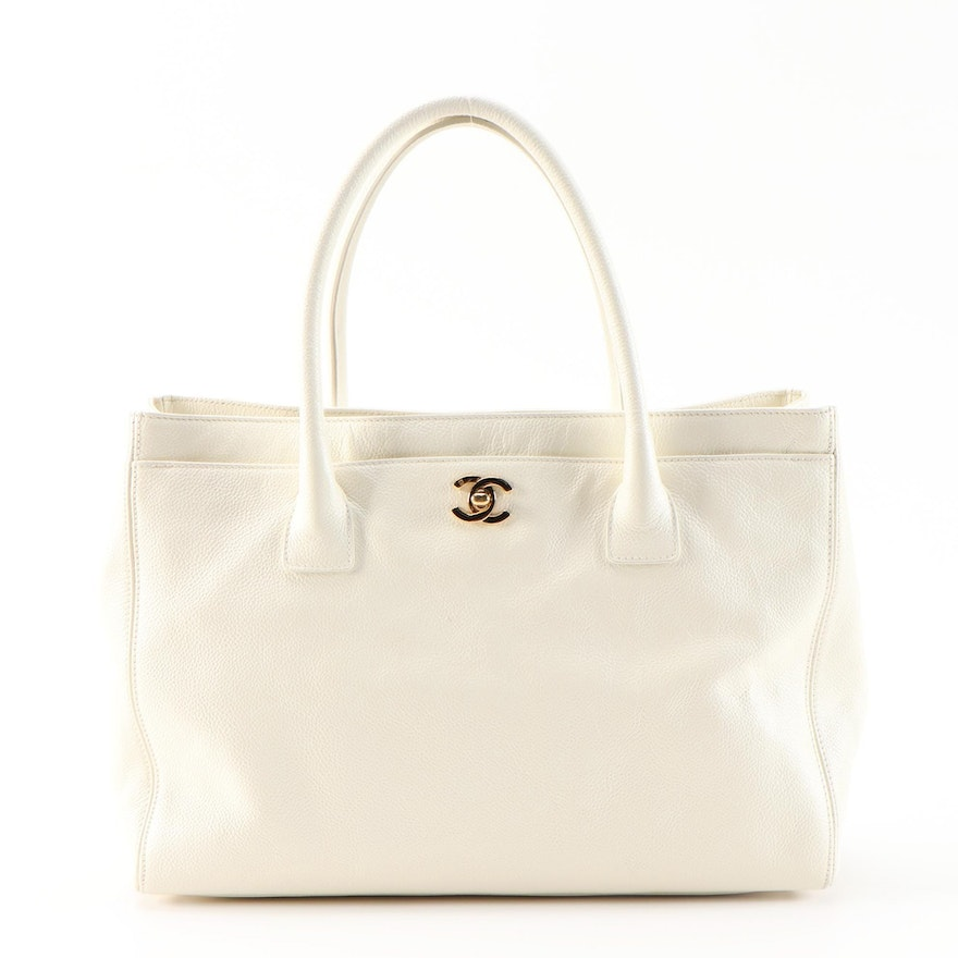 Chanel Cerf Tote Bag in White Pebble Grained Leather