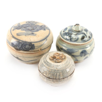 Chinese Swatow Ware and Thai Sawankhalok Ceramic Jarlets