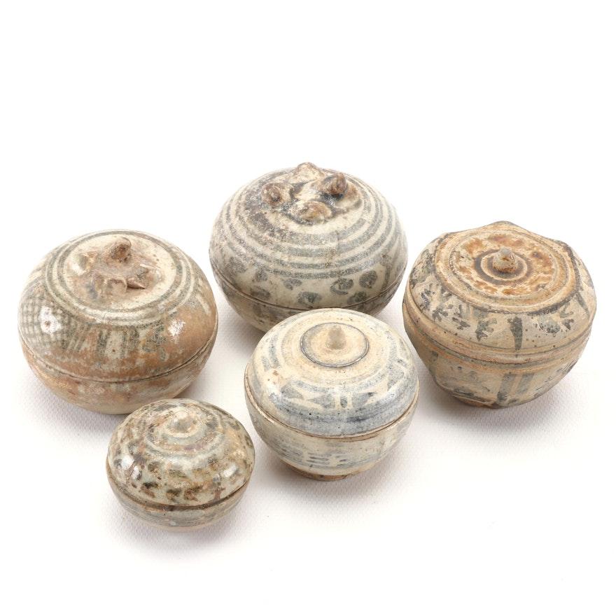 Late Ming Dynasty Ceramic Pottery