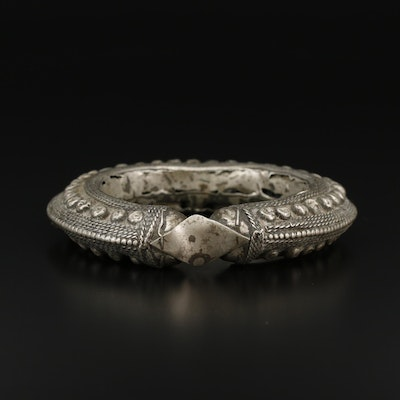 Hill Tribe Textured Bangle