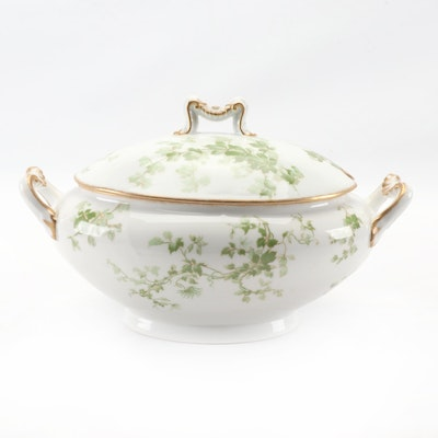 L. Bernardaud & Co. of Limoges Ivy Porcelain Soup Tureen, circa 1900