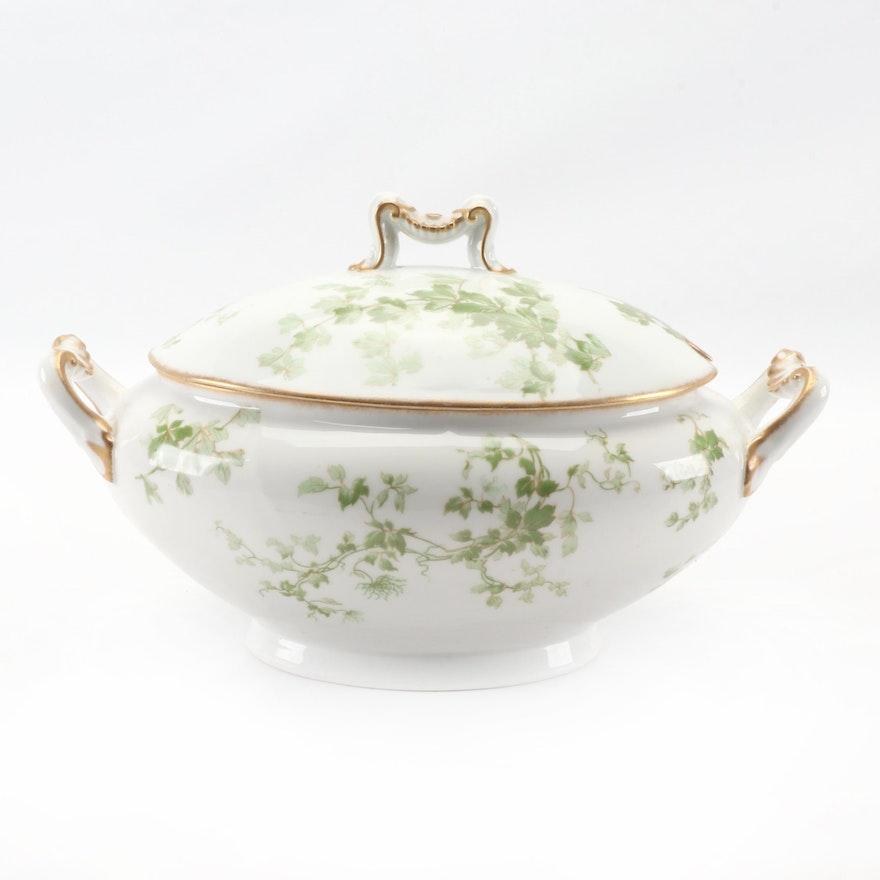 L. Bernardaud & Co. of Limoges Ivy Porcelain Soup Tureen, circa 1900