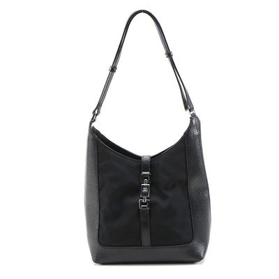 Gucci Push Lock Shoulder Bag in Black Nylon and Textured Leather