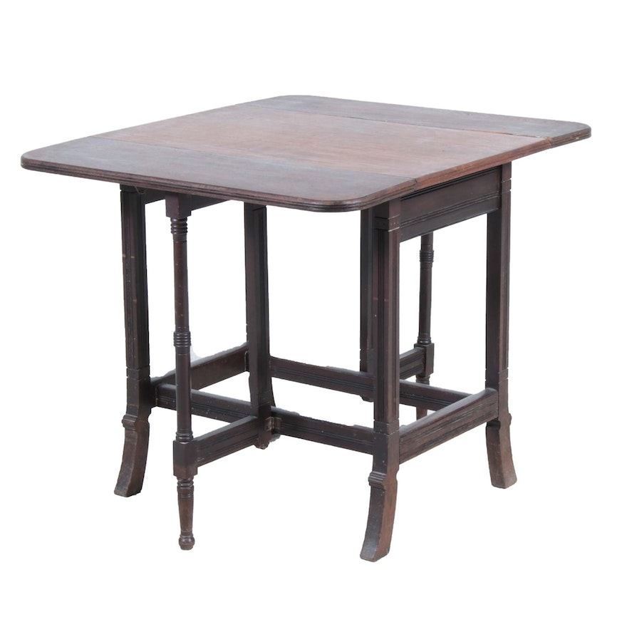 Late Victorian Walnut Gate-Leg Table