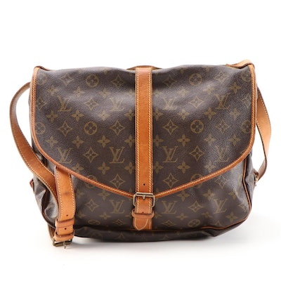 Louis Vuitton Saumur 35 Messenger Bag in Monogram and Leather, Vintage