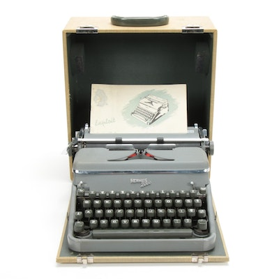 Hermes 2000 Typewriter in Case, Made in Switzerland, 1954