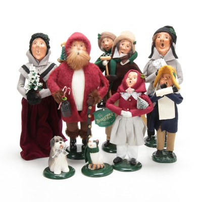 """Byers' Choice Ltd. """"The Carolers"""" Including 20th Anniversary Belsnickel"""