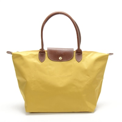 Longchamp Le Pliage Shopping Tote in Yellow Nylon and Brown Textured Leather