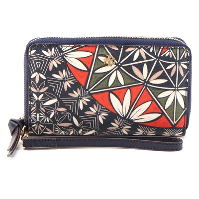 Tory Burch Kerrington Zip-Around Wristlet in Navy Pottery Print
