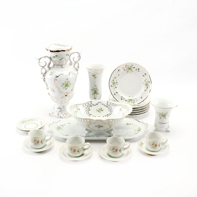 Hollóháza Porcelain Dinnerware, Serveware and Vases, Mid/Late 20th Century