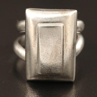 Sterling Silver Ring Featuring Split Open Shank