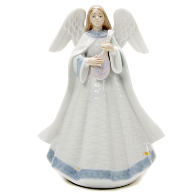 "Lladró ""Angelic Melody"" Porcelain Angel Figurine Designed by Francisco Catalá"