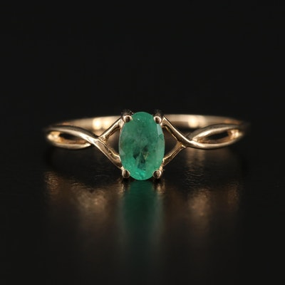 14K Emerald Ring with Twisted Shoulders