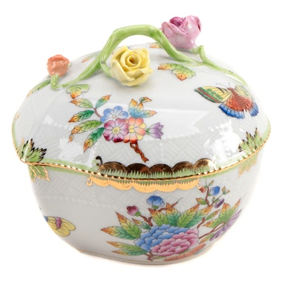 "Herend ""Queen Victoria"" Porcelain Heart-Shaped Box"