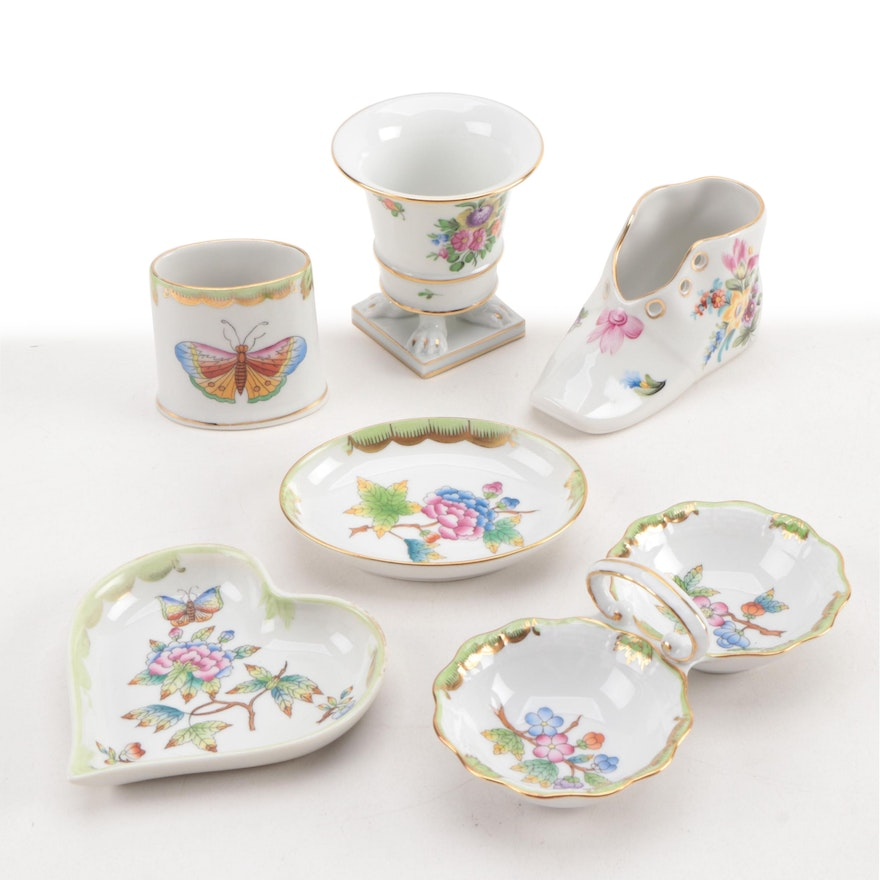 "Herend ""Queen Victoria"" and ""Printemps"" Porcelain Décor and Tableware"