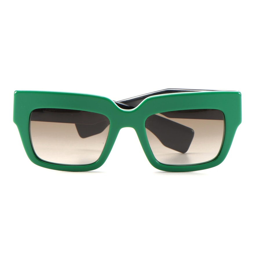 Prada SPR 28P Green/Black Square Sunglasses with Case