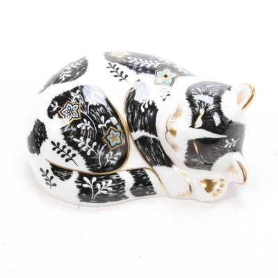 """Royal Crown Derby Collector's Guild """"Misty"""" Cat Imari Bone China Paperweight"""