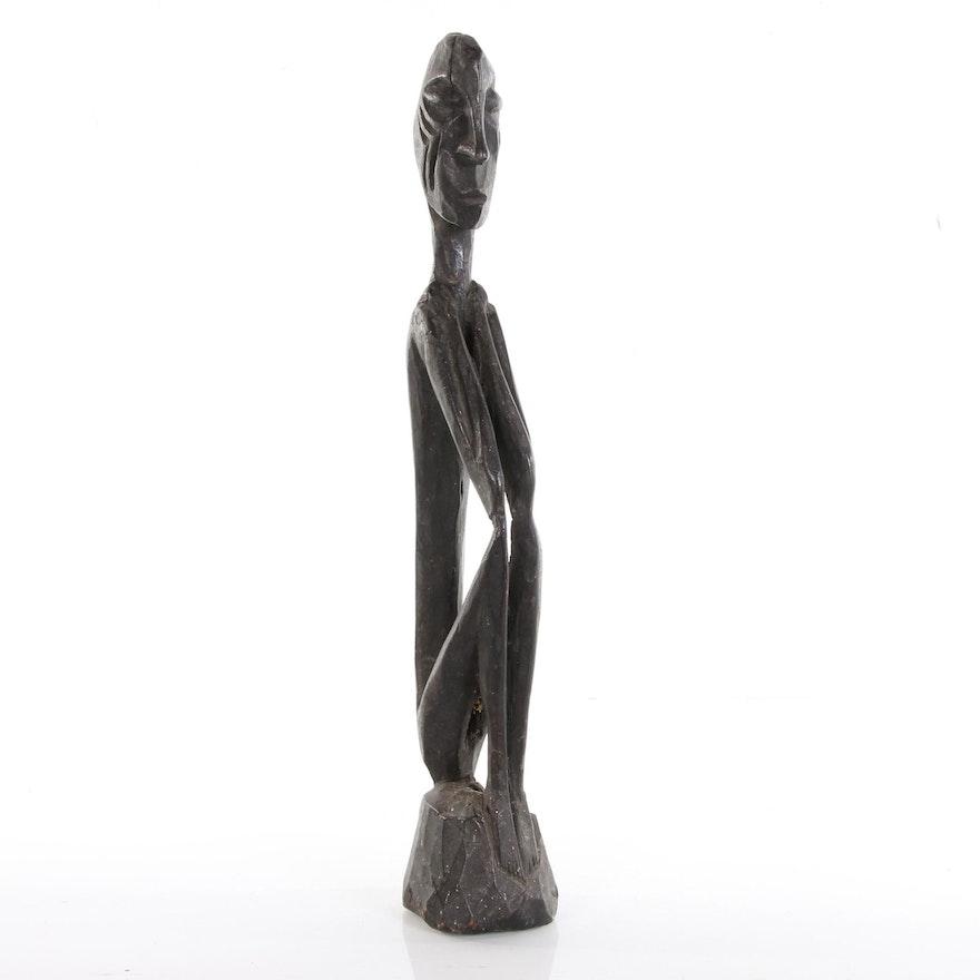 Kalimantan Wood Carved  Figural Sculpture, 20th Century