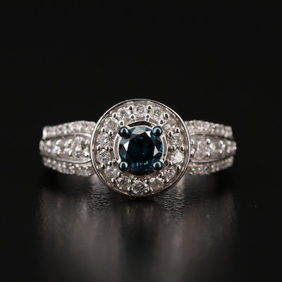 10K 1.02 CTW Diamond Ring Featuring a Blue Diamond