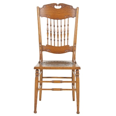 Colonial Revival Oak Side Chair, Early 20th Century
