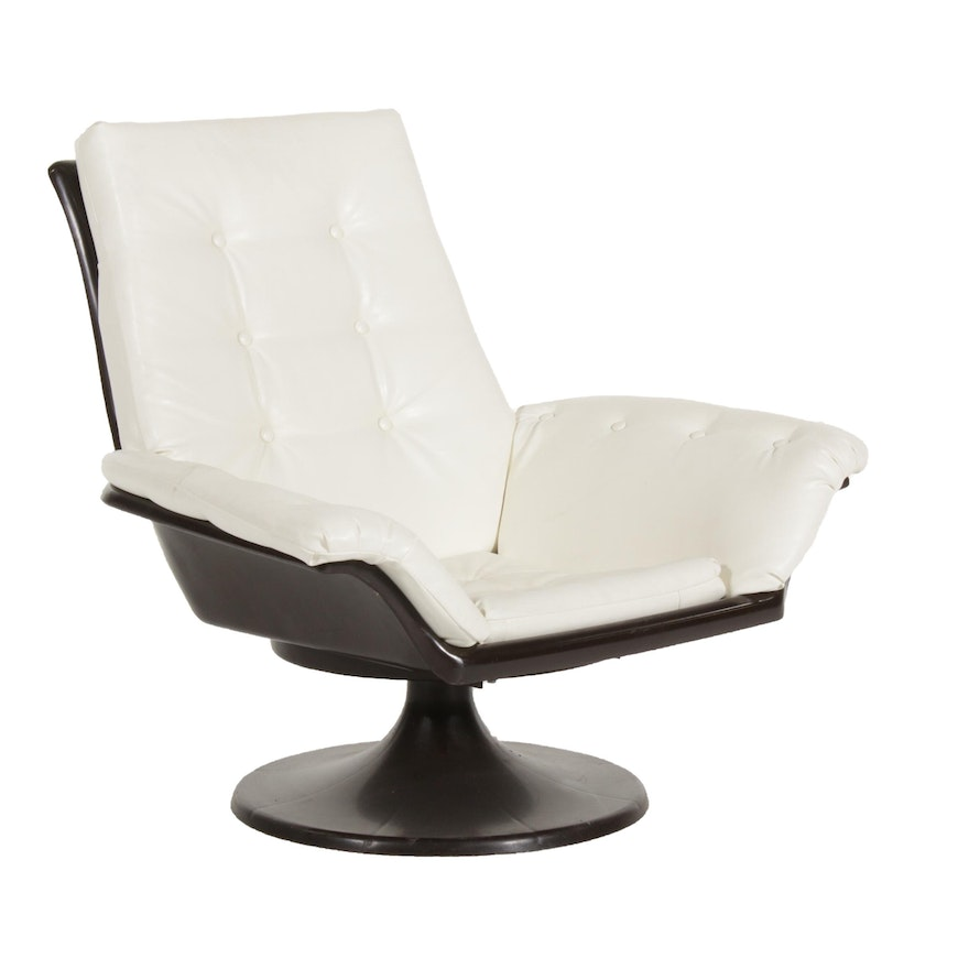 Decorion Fun Furnishings Modernist White Naugahyde Swivel Chair, Late 20th C.