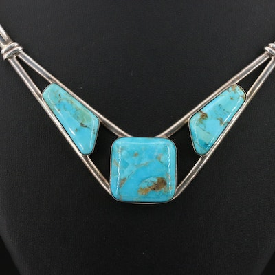 Western Style Desert Rose Trading Stabilized Turquoise Necklace