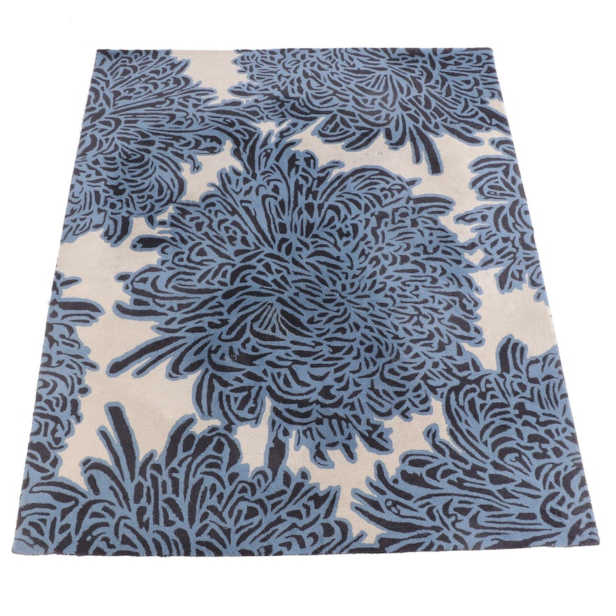 8'1 x 10'2 Hand-Tufted Floral Wool Rug