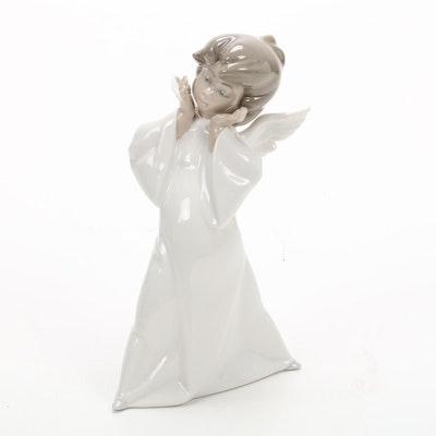 """Lladró """"Mime Angel"""" Porcelain Figurine Designed by Salvador Debón"""