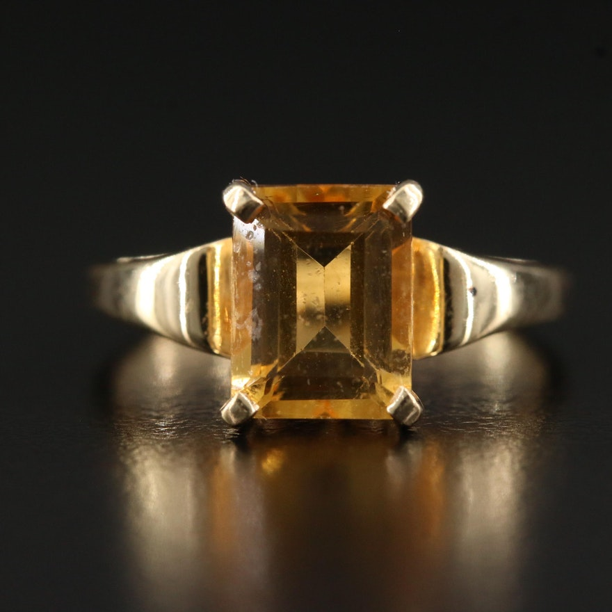 10K Citrine Solitaire Ring