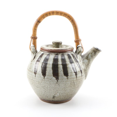 Muchelney Pottery Ceramic Teapot with Bamboo Handle