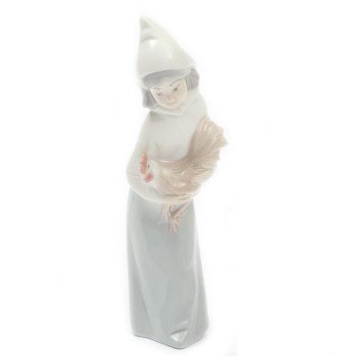 """Lladró """"Shepherdess with Rooster"""" Porcelain Figurine Designed by Juan Huerta"""