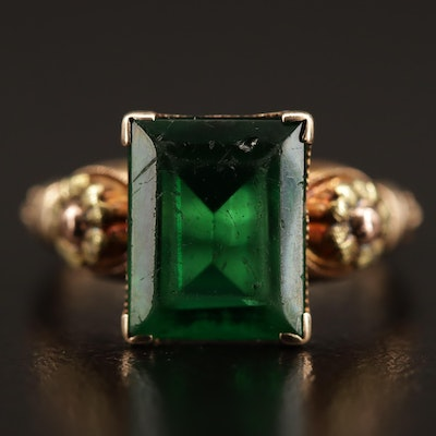 1930s 10K Green Glass Floral Ring