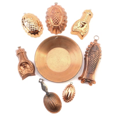 Copper Baking Molds and Kitchen Decor