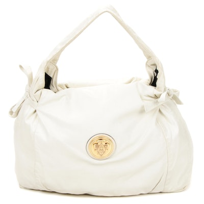 Gucci Hobo Shoulder Bag in Off-White Leather with Tie Bows