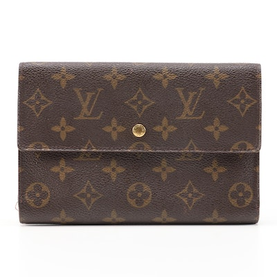 Louis Vuitton Trifold Wallet Organizer in Monogram Canvas