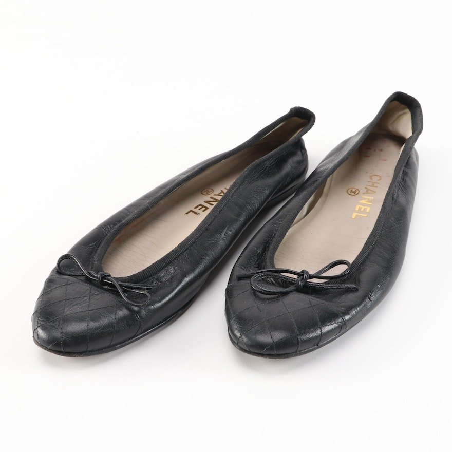 Chanel Black Leather Bow Ballet Flats