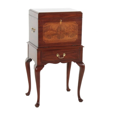 Henkel-Harris Queen Anne Style Silverware Chest on Stand, Late 20th Century