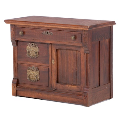 Late Victorian Oak Cabinet, Late 19th Century