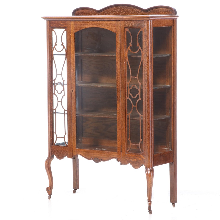 Louis XV Style American Oak China Cabinet, Early 20th Century