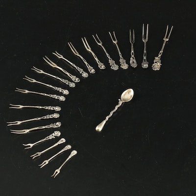 835 and 900 Silver Rose Motif Seafood and Hors d'Oeuvres Forks, 20th Century