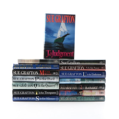 First Printing Sue Grafton Mystery Novels Including Signed Editions, 1989–2009