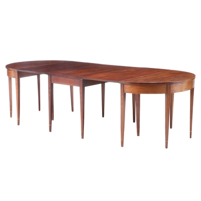 Hepplewhite Style Mahogany and Marquetry Three-Part Banquet Table